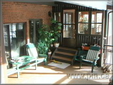 11 000 square foot home fsbo prince albert sk for Detached sunroom